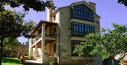 Circuito Burbuja Pazos de Galicia y Alojamientos con Encanto: Rías Baixas