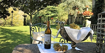 Gastro - Oenological getaway at manor houses of Galicia