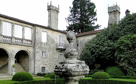 Los Pazos en Galicia. Historia
