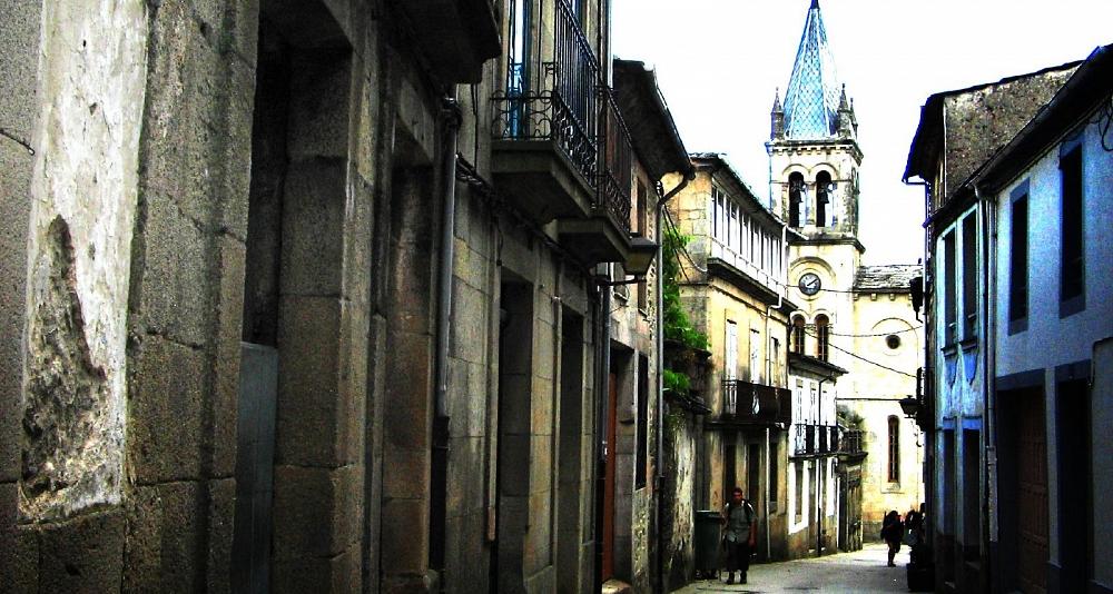 Traslado privado entre Santiago de Compostela y Sarria